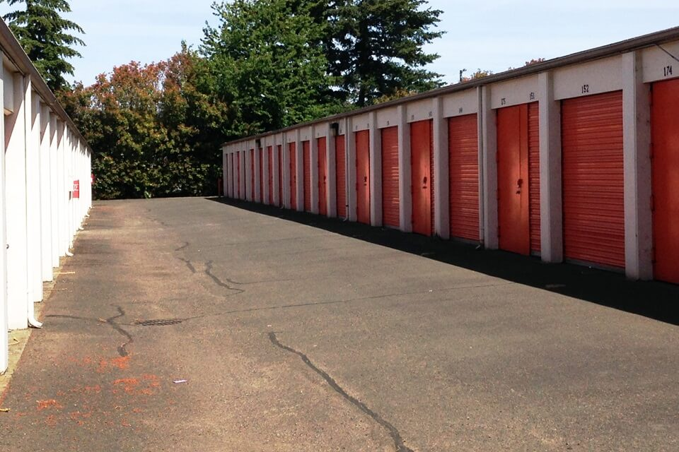 public storage 13515 ne prescott court portland or 97230 units