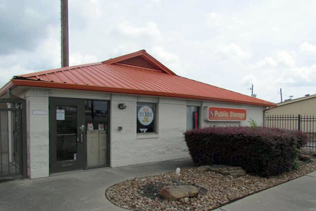 public storage 12435 i 10 e fwy houston tx 77015 exteriora