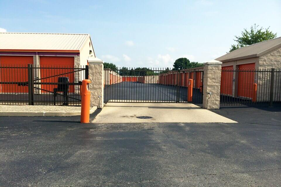 public storage 10 e county line road indianapolis in 46227 security gate
