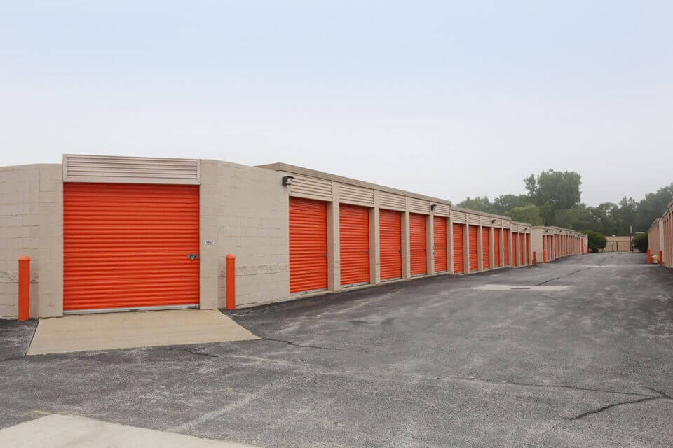 public storage 18400 cicero ave country club hills il 60478 units
