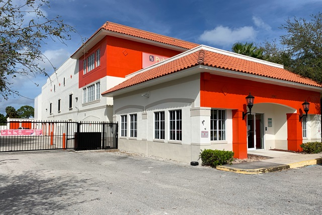 public storage 1247 45th street west palm beach fl 33407 exteriora
