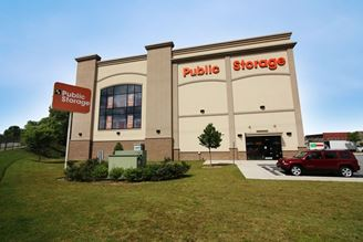 public storage 647 donald lee hollowell pkwy nw atlanta ga 30318 exterior 1