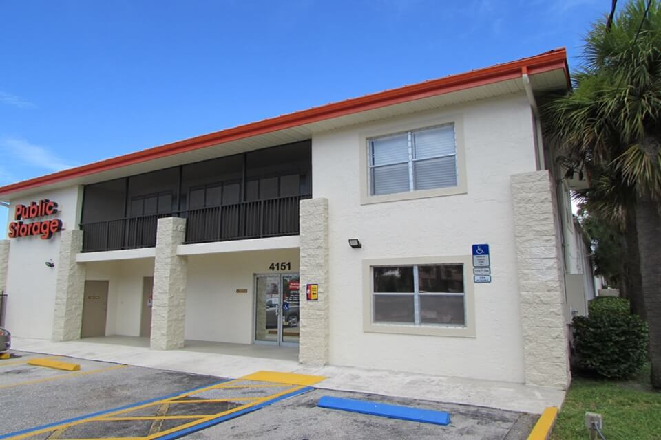 public storage 4151 burns rd palm beach gardens fl 33410 exterior