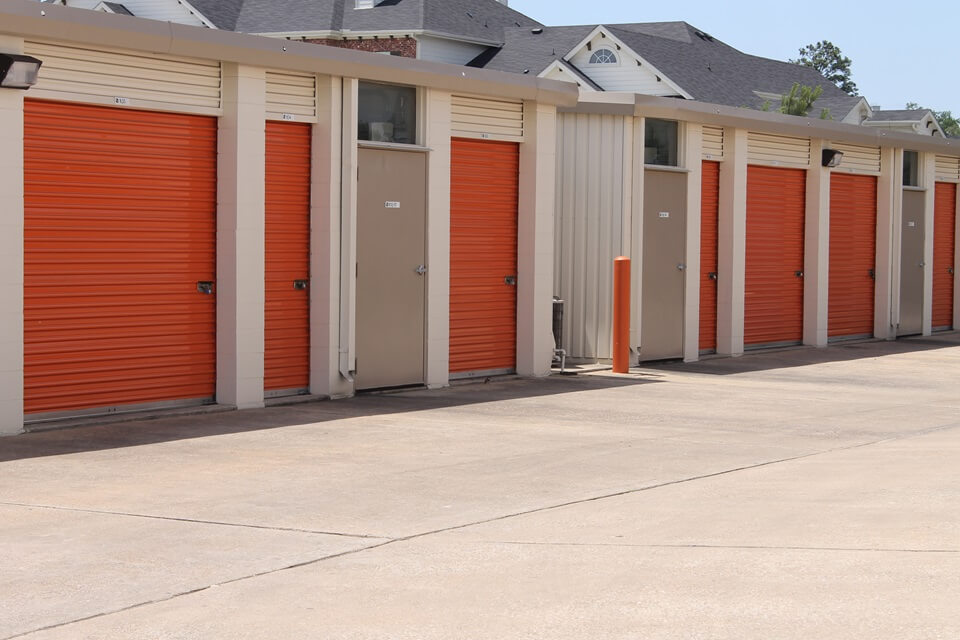 public storage 1450 i 45 south conroe tx 77304 units