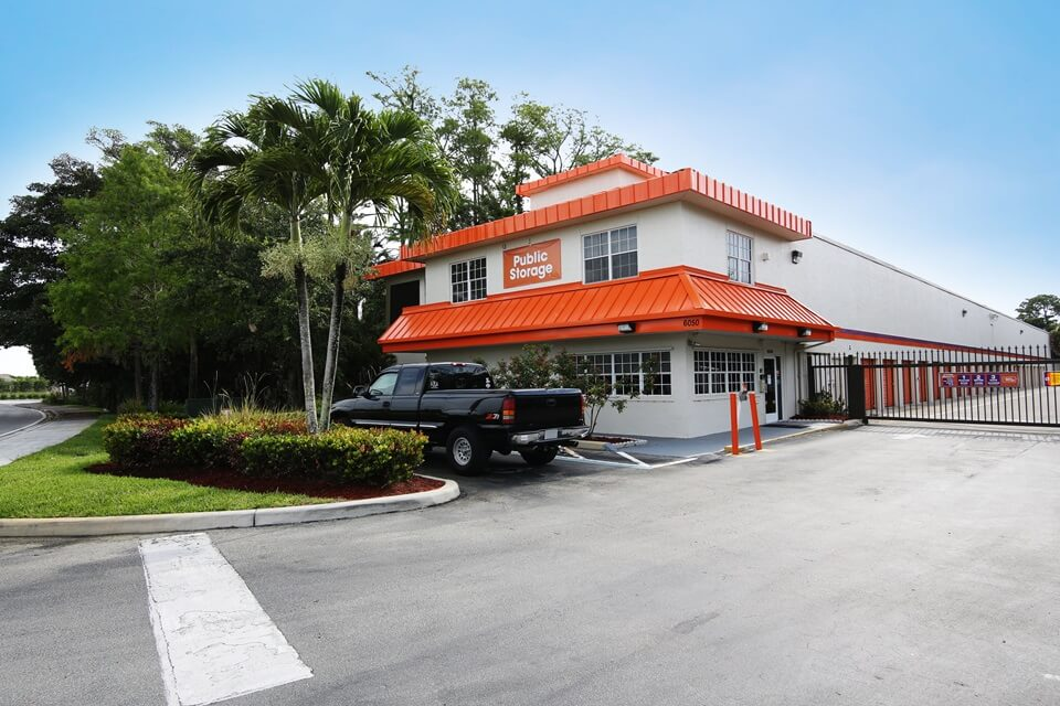 public storage 6050 n state rd 7 coconut creek fl 33073 exterior