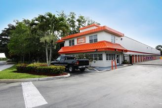 public storage 6050 n state rd 7 coconut creek fl 33073 exterior 1