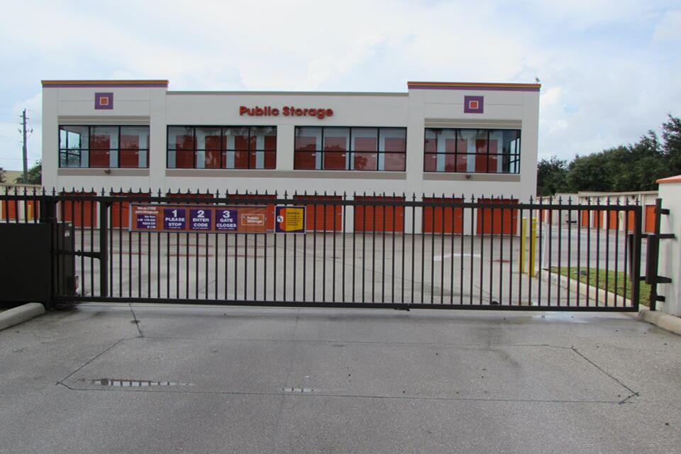 Self Storage Near 6664 Hypoluxo Rd In Lake Worth Fl