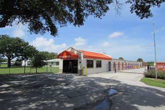 public storage 650 4th st vero beach fl 32962 exterior 1