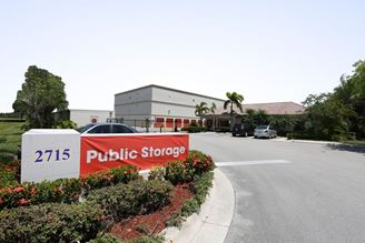 public storage 2715 s commerce pkwy weston fl 33331 exterior 1