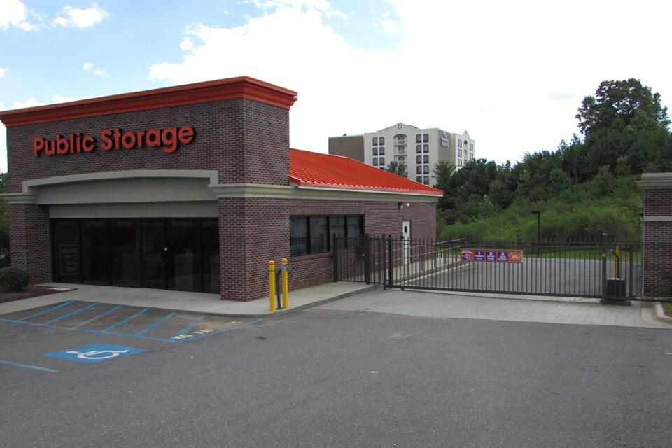 public storage 7828 n tryon st charlotte nc 28262 exterior