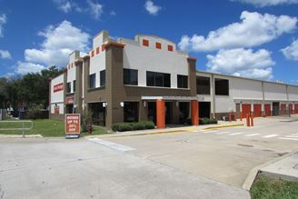 public storage 3413 w hillsborough ave tampa fl 33614 exterior 1