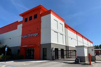 public storage 530 nw university blvd port saint lucie fl 34986 1 exterior 1a