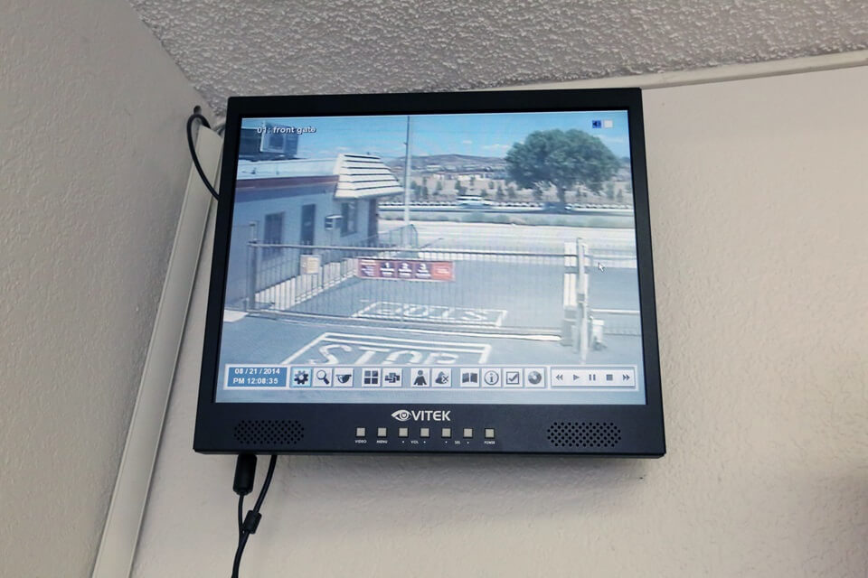 public storage 21648 golden triangle rd saugus ca 91350 security monitor