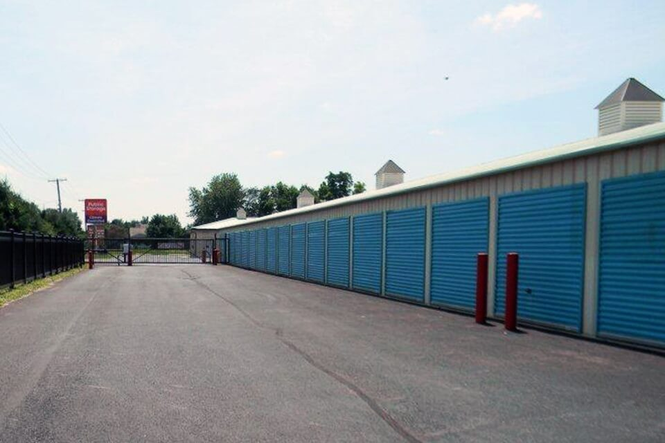 public storage 4965 gender rd canal winchester oh 43110 units
