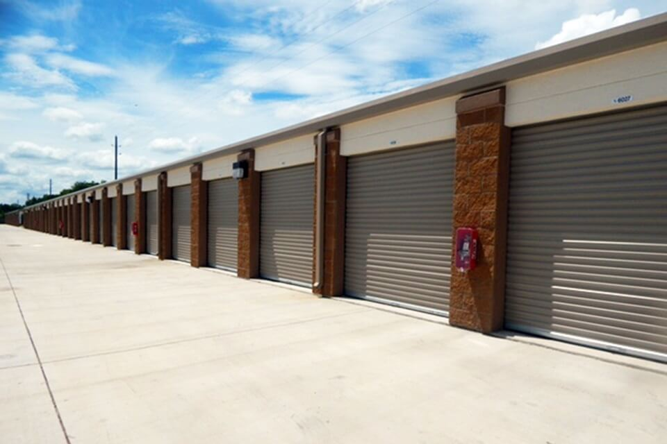 public storage 2760 brownstone place pearland tx 77584 units