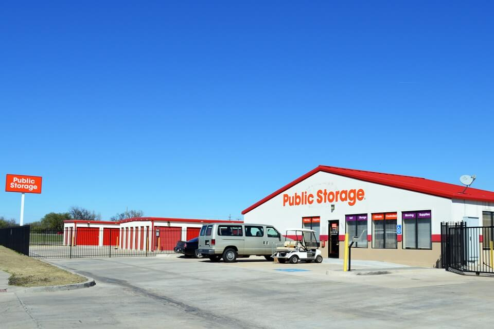public storage 2701 nw 38th st lawton ok 73505 exterior