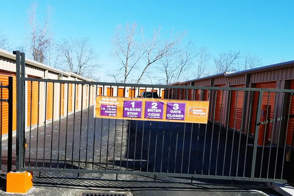 public storage 9100 postal drive broadview heights oh 44147 security gate