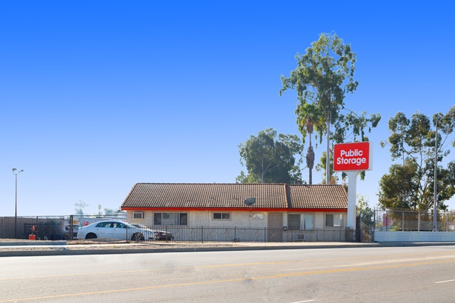 public storage 7500 whitsett ave north hollywood ca 91605 exteriorb