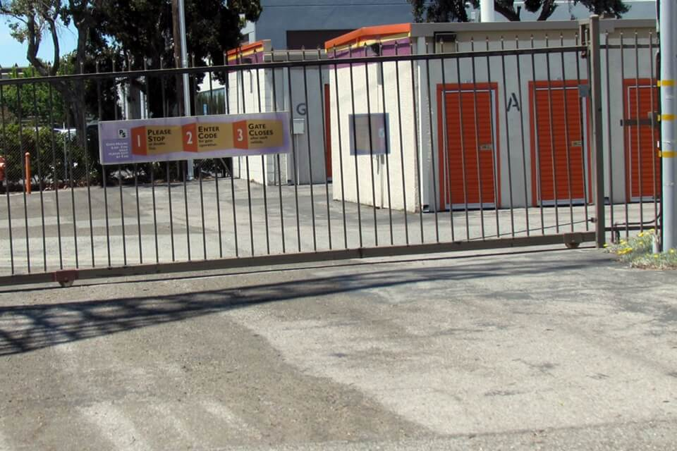 public storage 620 east arques ave sunnyvale ca 94085 security gate