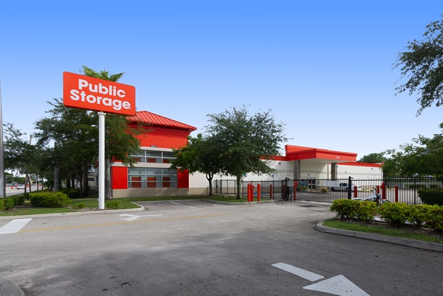 public storage 10855 nw 7th ave miami fl 33168 exteriorb