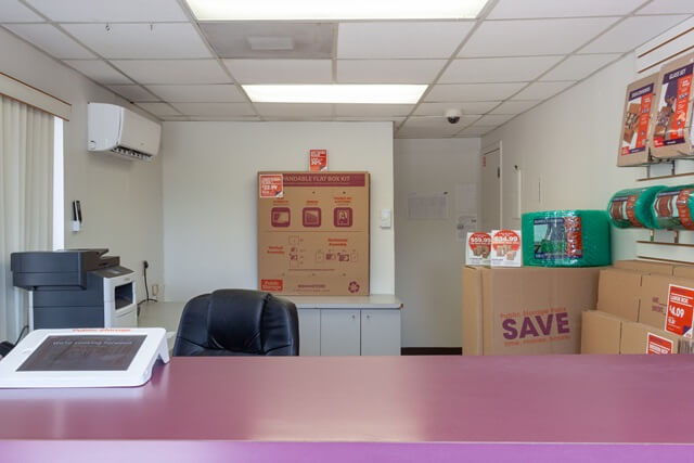 public storage 1020 nw 23rd ave ft lauderdale fl 33311 interior officeb