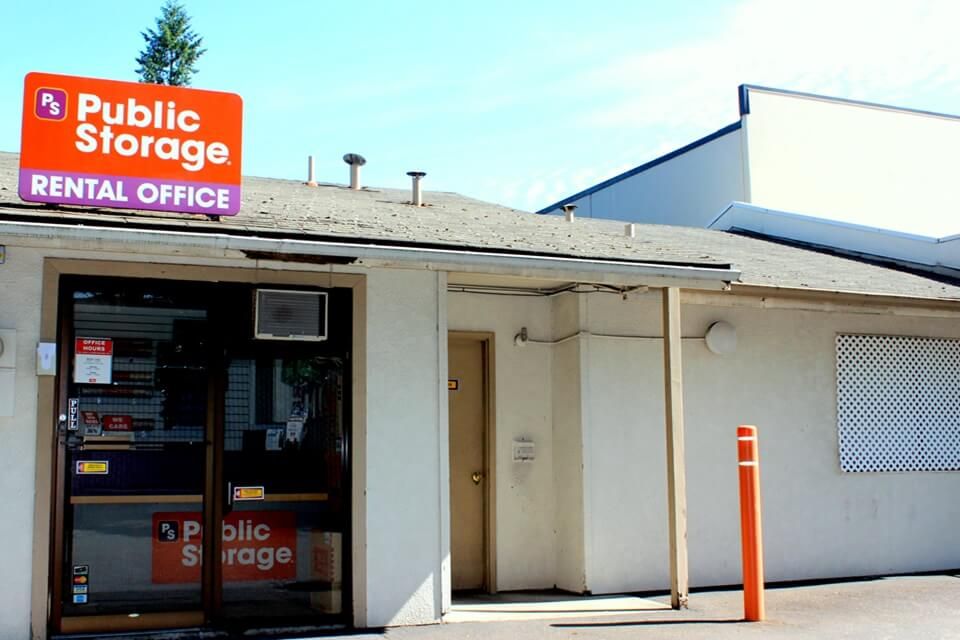 public storage 1608 ne 92nd ave portland or 97220 exterior