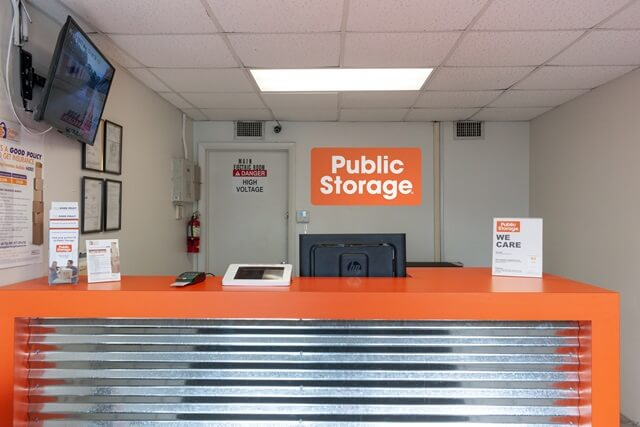 public storage 2445 nw 38th street miami fl 33142 interior officeb