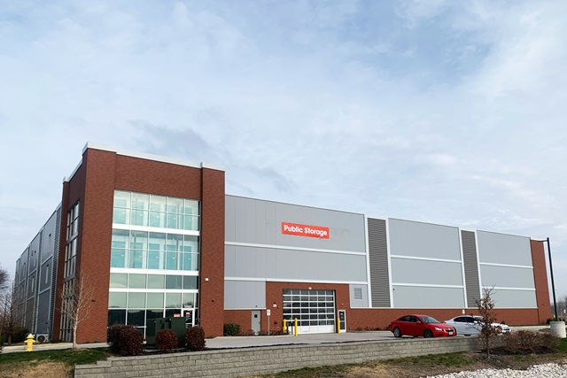 public storage 17481 north outer 40 rd chesterfield mo 63005 exterior