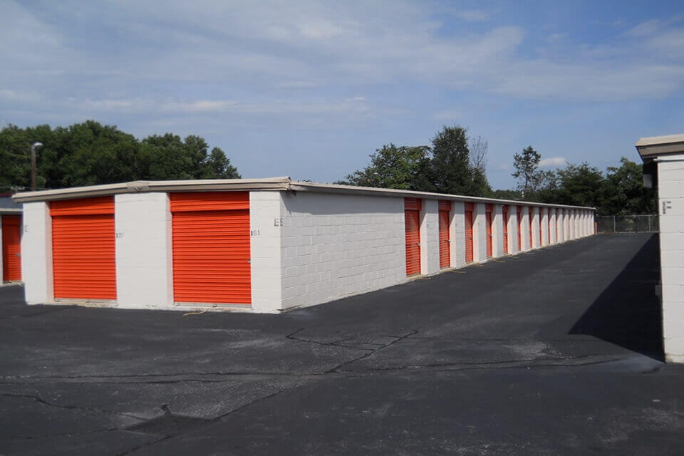 public storage 28 woods lake road greenville sc 29607 units