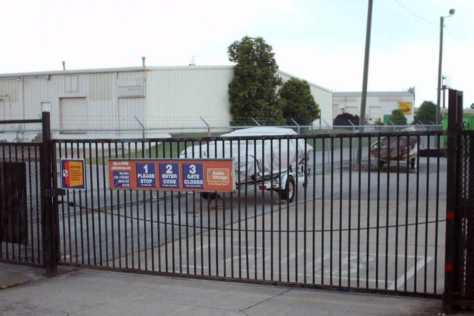 public storage 4255 cromwell road chattanooga tn 37421 security gate