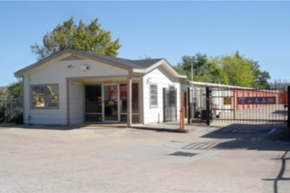 public storage 2055 hayes road houston tx 77077 exterior
