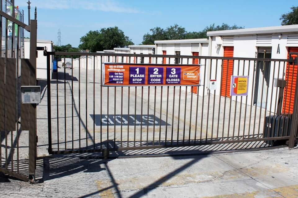 public storage 9529 fredericksburg road san antonio tx 78240 security gate