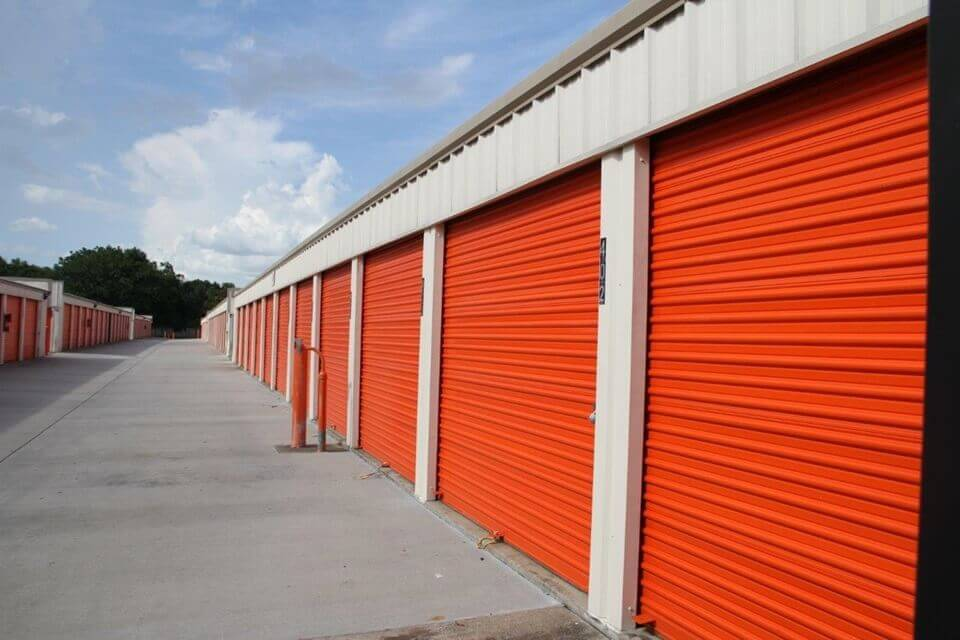 public storage 235 e oak ridge road orlando fl 32809 units