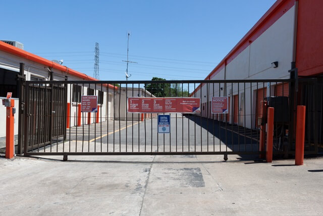 public storage 6615 s gessner drive houston tx 77036 security gateb