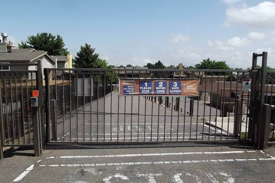 public storage 1293 w 84th ave federal heights co 80260 security gate