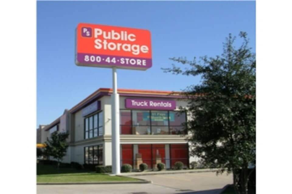 public storage 7715 katy freeway houston tx 77024 exterior