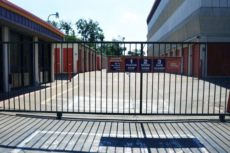 public storage 11434 sprowles street dallas tx 75229 security gate