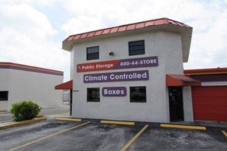 public storage 5221 okeechobee road fort pierce fl 34947 exterior 1