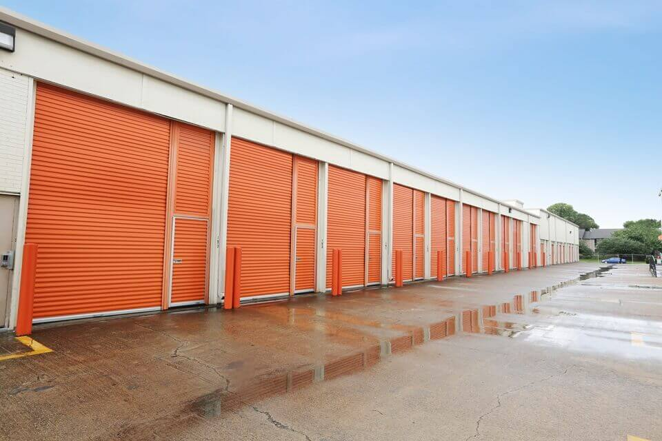 public storage 8430 gulf freeway houston tx 77017 units