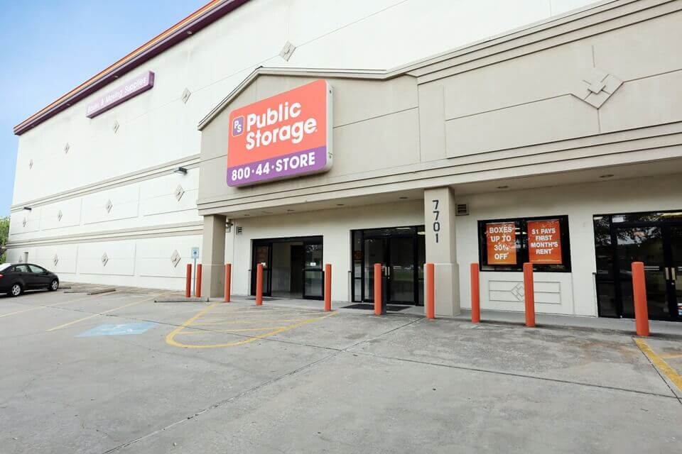 public storage 7701 s main street houston tx 77030 exterior
