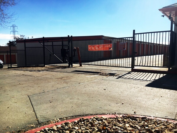 public storage 4550 s federal blvd englewood co 80110 security gate