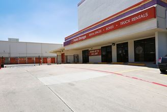 public storage 5342 e mockingbird lane dallas tx 75206 exterior 1
