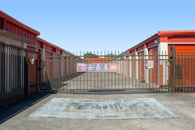 public storage 14451 state highway 249 houston tx 77086 security gatea