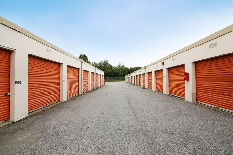 public storage 4560 frontage road forest park ga 30297 units