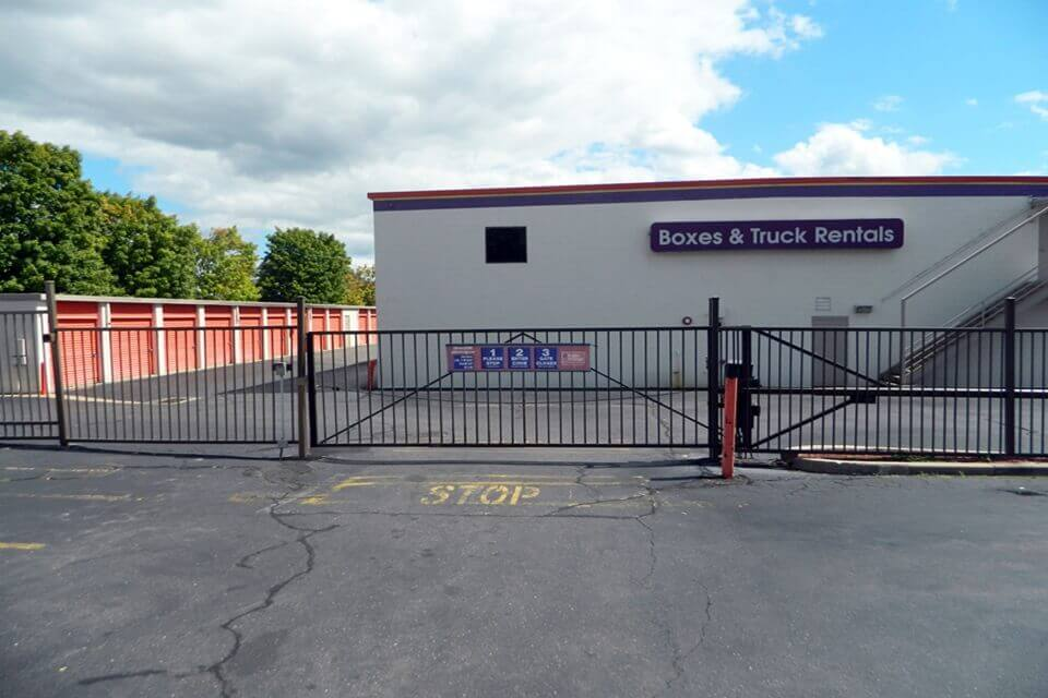 Self Storage Near 440 Tolland Tpke In Manchester Ct