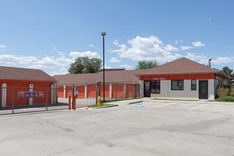 public storage 5080 leetsdale dr denver co 80246 exteriorb