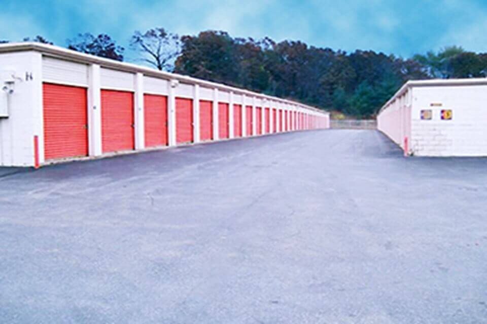 Swell Self Storage Near 31 Jamrog Drive In Chicopee Ma Download Free Architecture Designs Embacsunscenecom