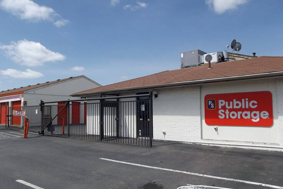 public storage 565 hanover way aurora co 80010 exterior