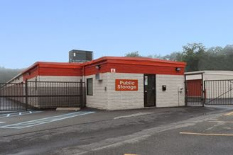 public storage 1130 mineral spring ave north providence ri 02904 exteriorb