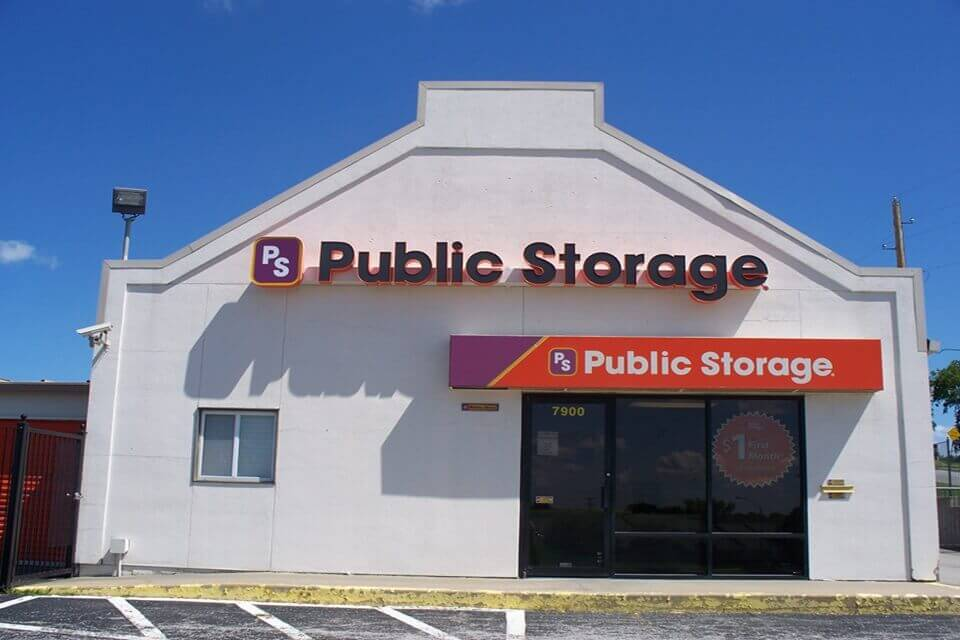 public storage 7900 woodson road raytown mo 64138 exterior